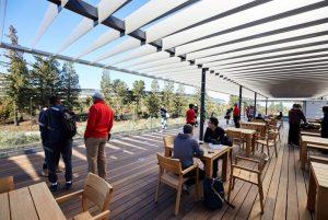 Návštěvnické centrum Apple Park