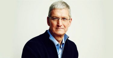 Tim Cook, Apple akcie