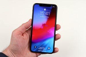 iPhone Xs recenze